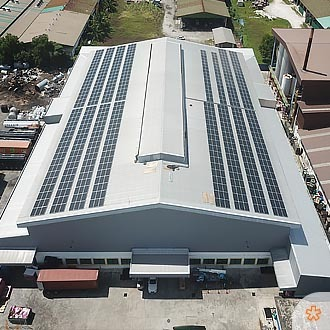 Poly-Max's Manufacturing Plant Goes Solar | Commercial & Industrial Rooftop Solar