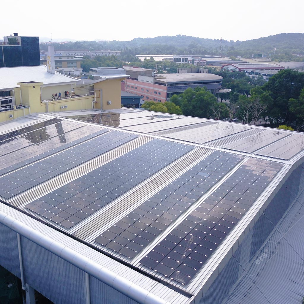 Solar for businesses - Solar power systems on commercial rooftops 2