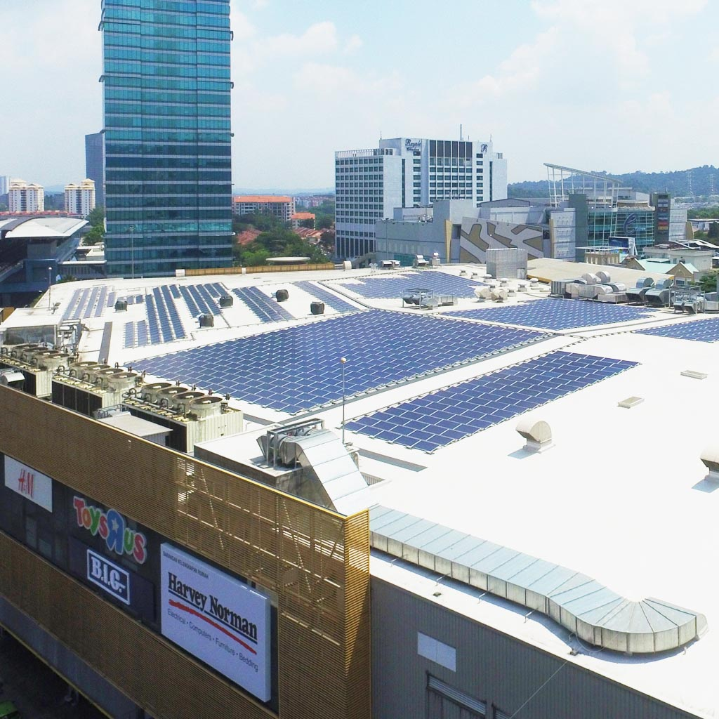 Solar for businesses - Solar power systems on commercial rooftops 3
