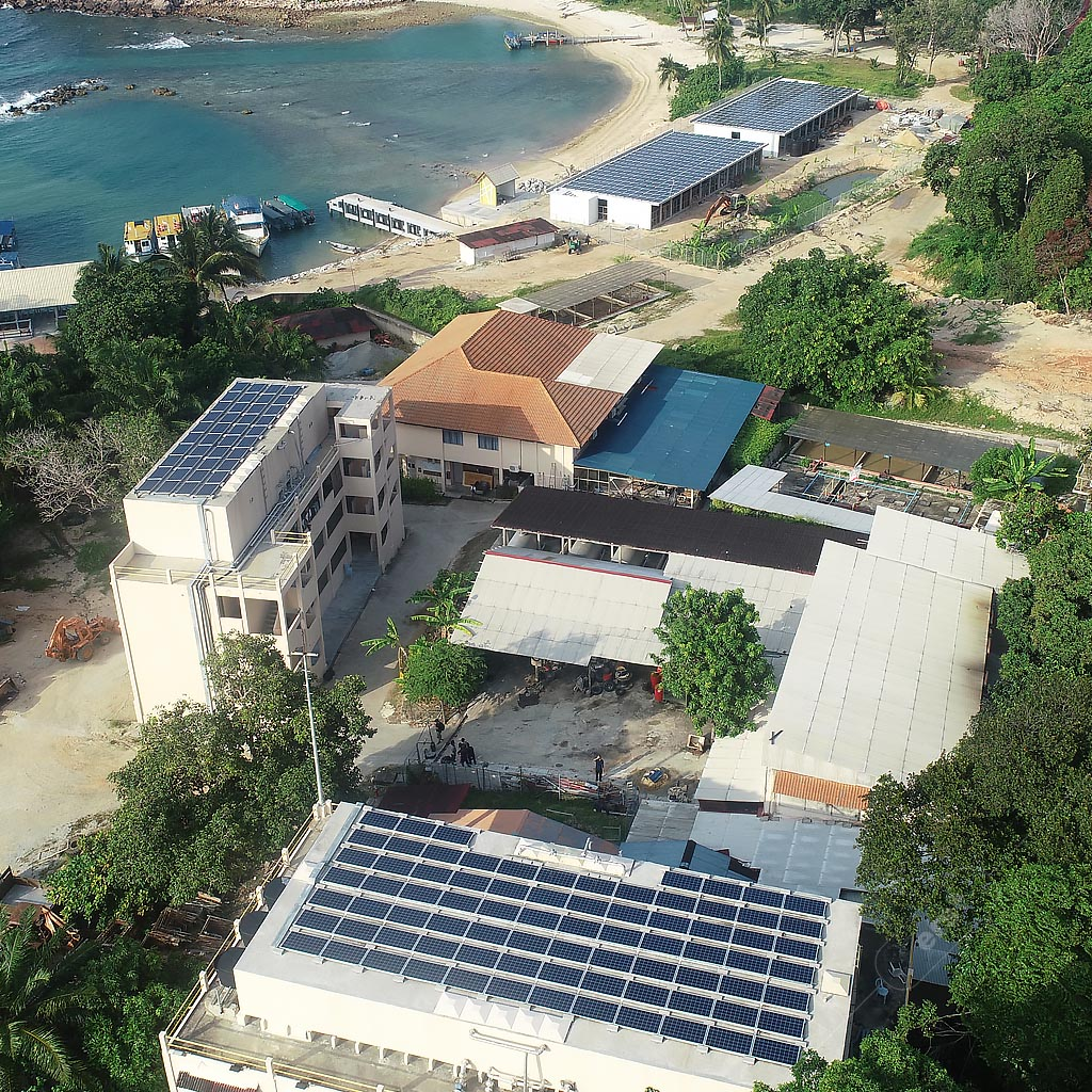 Solar for businesses - Solar power systems on commercial rooftops